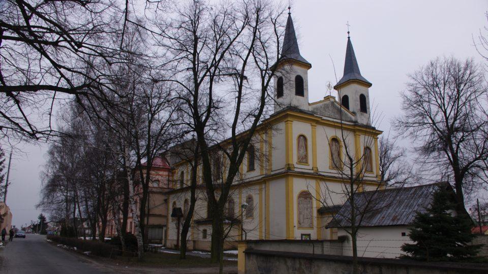 Areál bývalého kláštera s kostele sv. Alfonse u nádraží