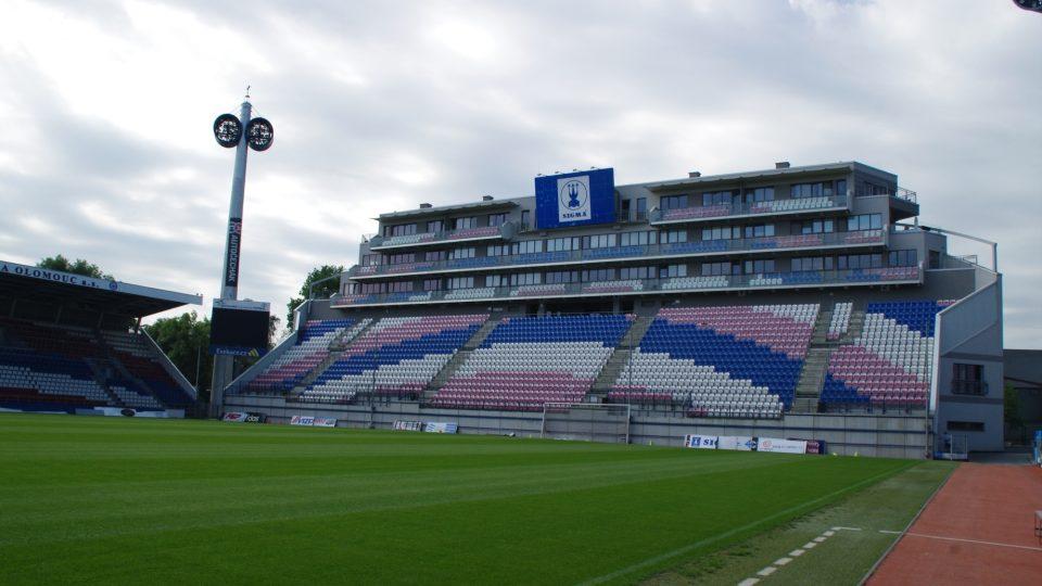 Andrův stadion má nyní kapacitu 12 500 diváků