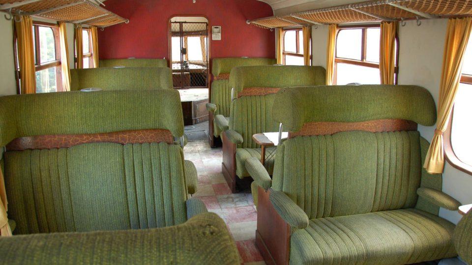 Oddíl pro cestující se sedadly