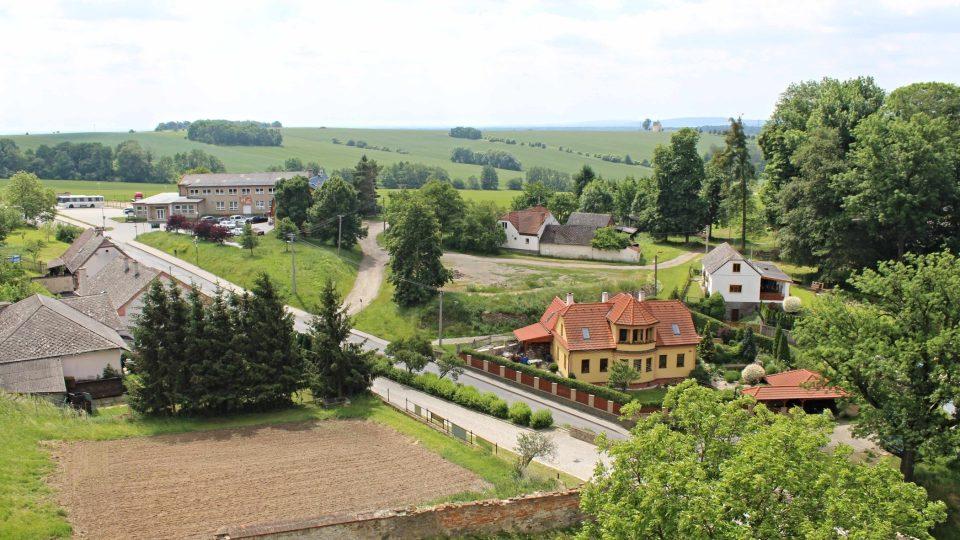 Výhled z hradu Úsov