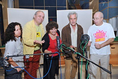 Rádio Ořechovka: Ester Kočičková, Tomáš Hanák (alias Mistr Kalina), Jana Tučková (alias Kolopějka Vděčná) Oldřich Kužílek (alias Olaf Lávka)
