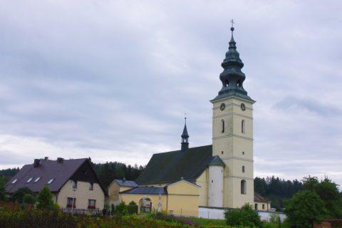 Staré Město pod Sněžníkem - kostel sv. Anny