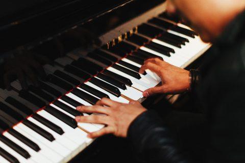 klavír, piano