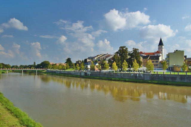 Přerov - pohled na historické centrum přes Bečvu